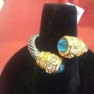 Jewelry - BLUE SAPPHIRES RING